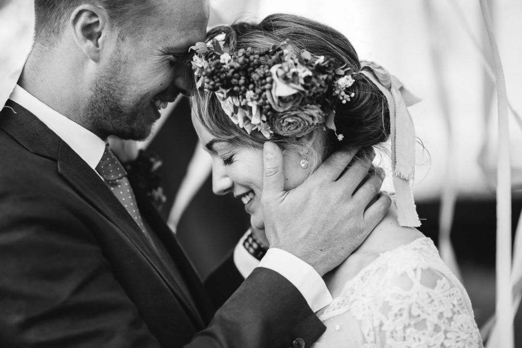 Wedded bliss in black and white at Hale Park weddings